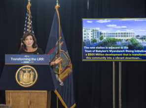 Lieutenant Governor Kathy Hochul opens second track of LIRR  Ronkonkoma Branch and rededicates Wyandanch Station 09-21-2018