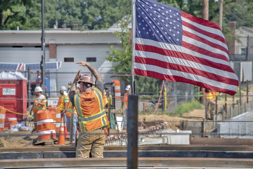 Urban Avenue Grade Crossing 07-22-19