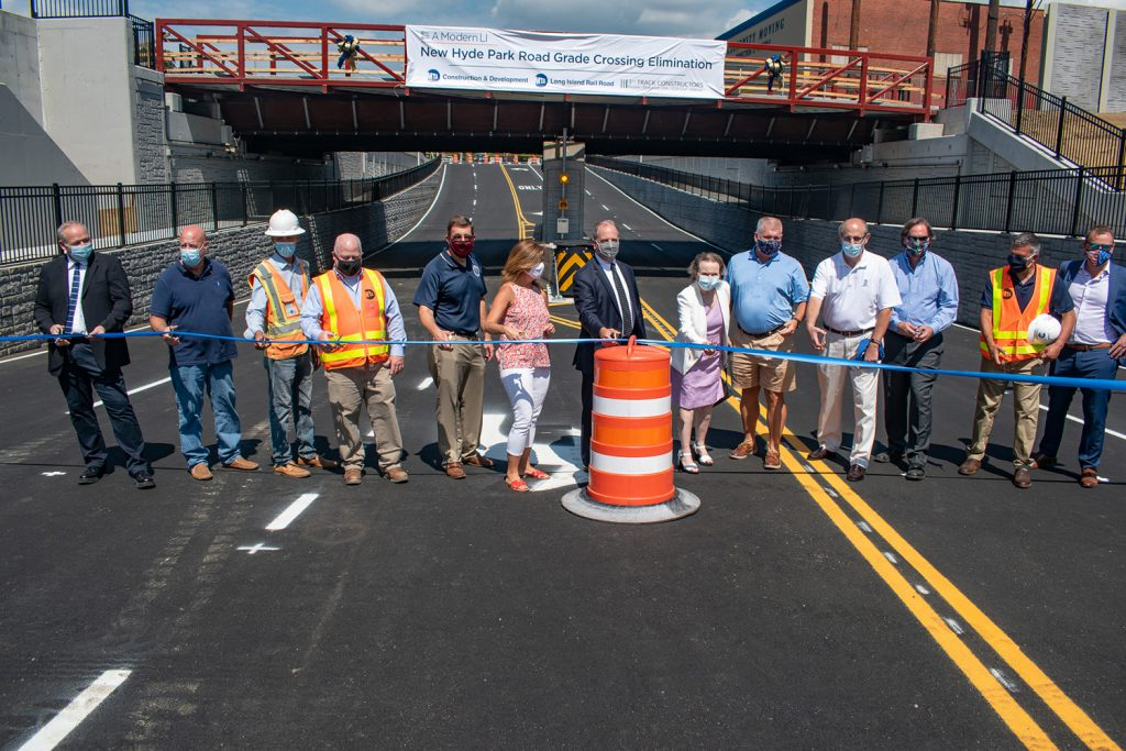 Governor Cuomo announces New Hyde Park Grade Crossing eliminated and road reopened ahead of schedule - 08-24-2020
